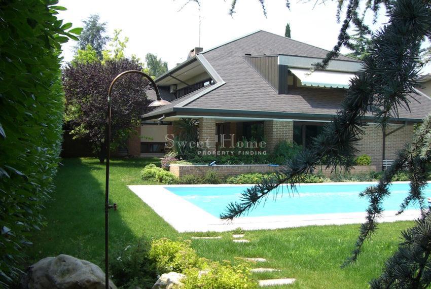 casa Udine lato nord vista piscina